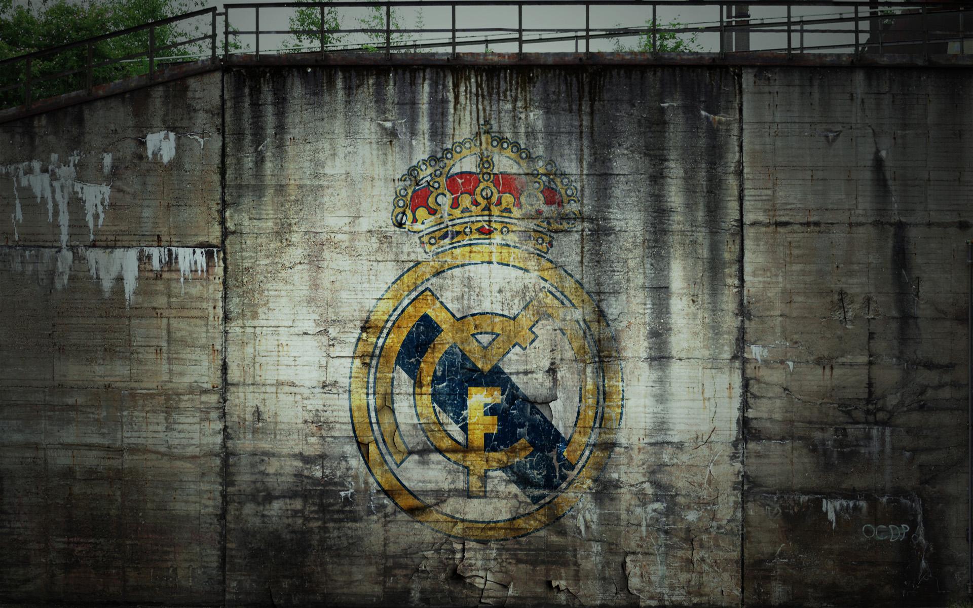 wallpaper escudo real madrid en graffiti