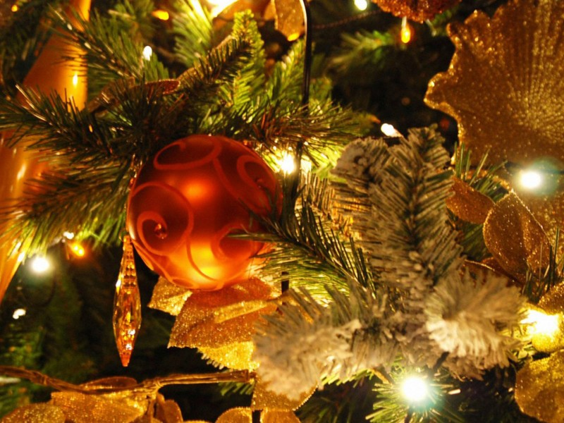 adornos de navidad para un bonito fondo de escritorio
